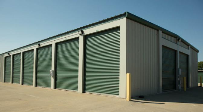 Drive-up access storage units at Central Self Storage in Kansas City, MO.