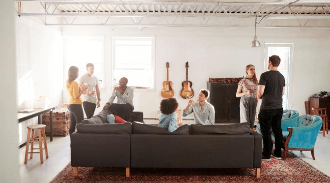 Housewarming Party Advice to Help You Celebrate Your New Place